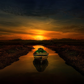 by Daniel Chang - Landscapes Sunsets & Sunrises