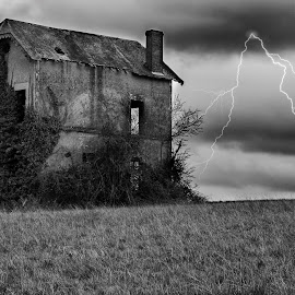 House on the hill by Mikey Bibi - Buildings & Architecture Decaying & Abandoned ( blancnoir, lightning, black and white, house, storm, abandoned,  )