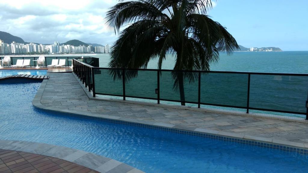 Apartamento com 3 dormitórios à venda, 158 m² por R$ 1.200.000,00 - Jardim Astúrias - Guarujá/SP