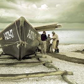 L'Homme et la mer.. by Mihai Florin - Transportation Boats ( clouds, sea, romania, fishing, beach, transportation, travel, fisherman )