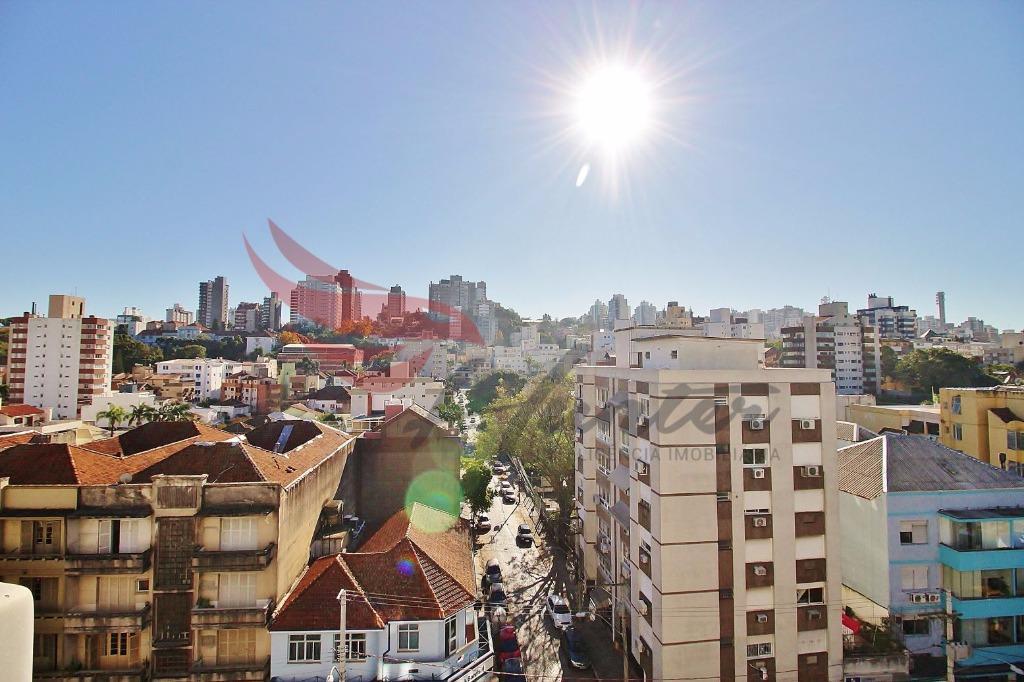 Apartamento de 3 dormitórios em andar ALTO, com VISTA, SILENCIOSO e GARAGEM na Protásio Alves, bairro Rio Branco em Porto Alegre  116m² Privativos, 3 dormitórios em andar ALTO, de frente com VISTA perene e vaga de GARAGEM escriturada. Orientação solar Norte. Silencioso pela altura.  Prédio com elevador, portaria 24hs, salão de festas e Churrasqueira.  Localização:  700m do Hospital de Clínicas 900m do Zaffari da Cabral. 1km da Universidade IPA. 1,4km da Praça da Encol 1,5 do Nacional da Encol 1,7km do Parcão.  Atendimento com Evandro Junqueira F. 51-9.8424.3082 (Claro / WhatsApp).