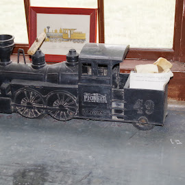 Choo Choo by Michael Hoover - Artistic Objects Antiques ( locomotive, toys, train, steam )