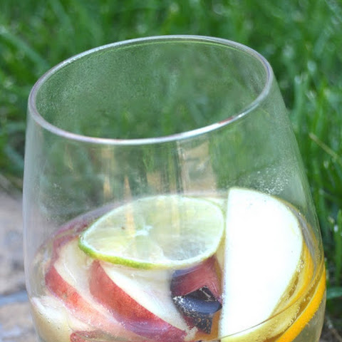 Alcohol Removed White Sangria