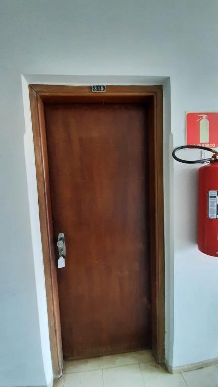 Sala para alugar, 69 m² por R$ 430,00/mês - São Benedito - Uberaba/MG