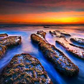Nyanyi Beach by Manu Teja - Landscapes Waterscapes ( bali, waterscape, indonesia, sunset, sunrise, beach, seascape, landscape )