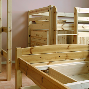 children's furniture Assembly