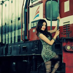 by Po Cin Tjam - People Fashion