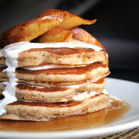 Fluffy Pancakes with Spiced Pears