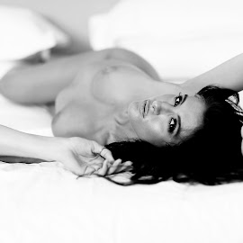 by Luke Wooster - Nudes & Boudoir Artistic Nude