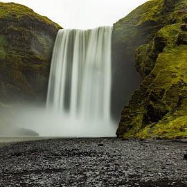 Skogafoss by Ilan Abiri - Landscapes Waterscapes ( water, iceland, waterscape, green, waterfall, landscape photography, travel, landscape, rocks )