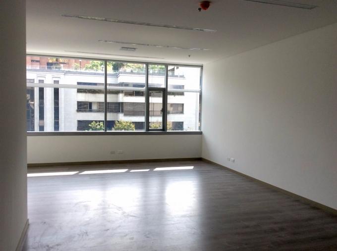 oficinas en venta poblado 585-2284