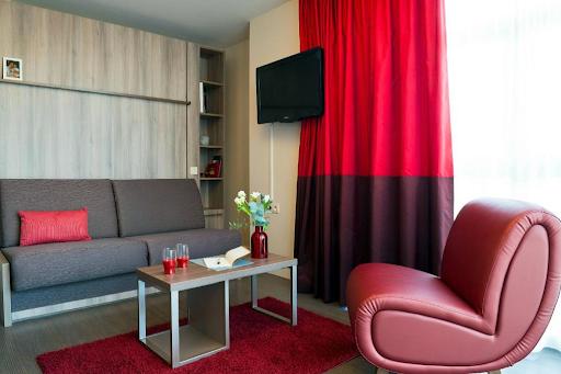 Studio Double Bed