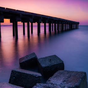 sunset bridge by Theyjun Photoworks - Landscapes Waterscapes ( water, sony, sunset, beach, landscapes )