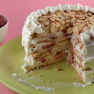 Frozen Strawberry Cream Torte
