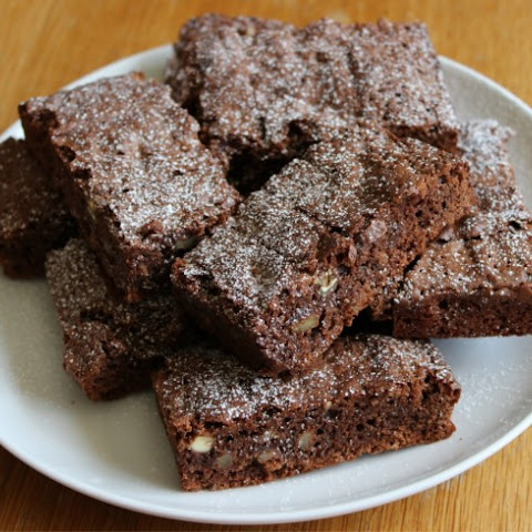 Easy Chewy Cake Mix Brownies