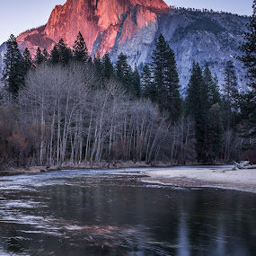 Half Dome at sunset by Ferruccio Galbiati - Landscapes Mountains & Hills ( nature, half dome, yosemite, sunset, california, landscape, travel photography )