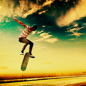 Skateboarding by D'cast Photowork - Digital Art People
