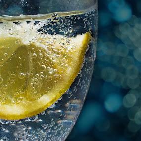 Bokeh Limon by Roi Piñga - Food & Drink Fruits & Vegetables