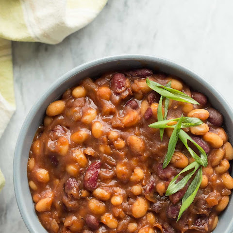 Healthier Slow Cooker Maple Balsamic Baked Beans