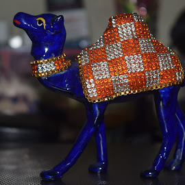 camel, by Sukamal Biswas - Artistic Objects Toys