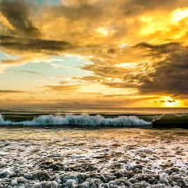 Ponta Negra Beach at Dawn.. by Rqserra Henrique - Landscapes Beaches ( clouds, brazil, dawn, colors, rqserra, wave, sunrise, beach )
