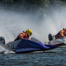 by Stephen  Barker - Sports & Fitness Watersports
