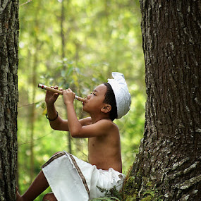 FLUTE of LOVE by Bli Gede Bagoes IGPWT - Babies & Children Children Candids