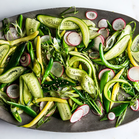 The Crunchiest Vegetable Salad