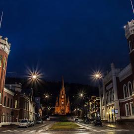 by Anngunn Dårflot - City,  Street & Park  Night