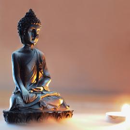 buddha by Jan Kvasnica - Digital Art Things ( zátíší, budha, barevné, plamen, meditace, helios, svíčka, e-pl3, mlha, soška )