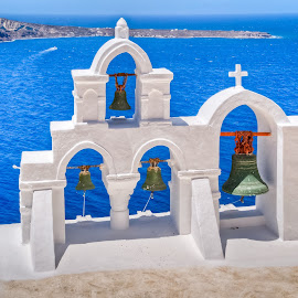 Santorini by Eduard Andrica - Uncategorized All Uncategorized