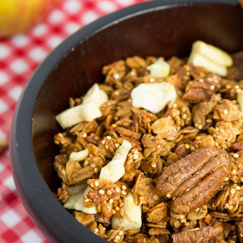 Apple Cinnamon Quinoa Granola