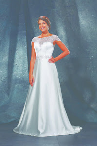 D1472 Wedding Dress - Sacha James