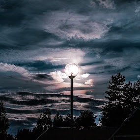 sun in lamp by Benny Høynes - City,  Street & Park  Skylines ( canon, sweden, bennyhøynes, lamp, sun )