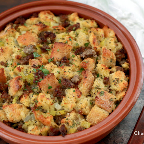 Sourdough Stuffing With Sausage And Sage