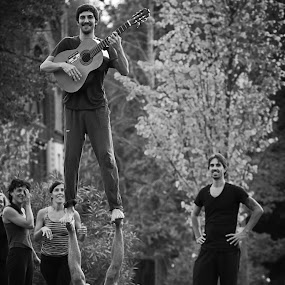 Acroyoga 5 by Bim Bom - People Street & Candids ( acroyoga, b&w, park, acrobatics, guitar, yoga, barcelona, man,  )