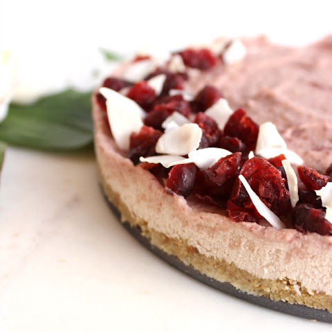 Low Sugar Cranberry Cheesecake (vegan)