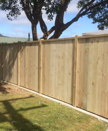 Absolute Deck and Fence - FENCES
