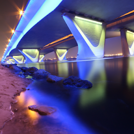 Dubai -Al Garhoud bridge by François Jabre - Landscapes Waterscapes