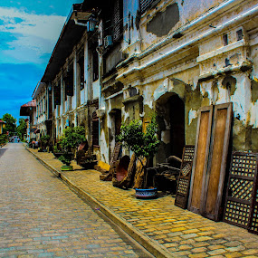 calle crisologo by Diofel Dagandan - City,  Street & Park  Historic Districts