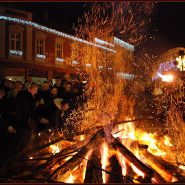 by Jasminka Nadaskic Djordjevic - Public Holidays Christmas ( fire, night, flames )