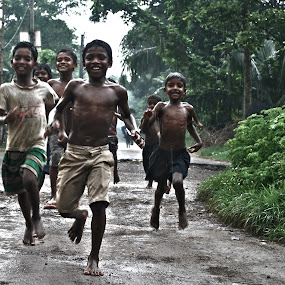 life of street by Abhishek Mandal - Babies & Children Children Candids ( life street rain indian boy children )
