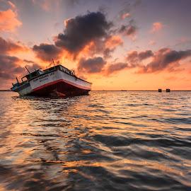 High Tide by Choky Ochtavian Watulingas - Transportation Boats ( clouds, seashore, shipwrecks, tide, sea, ocean, sunrise, seascape, skies )