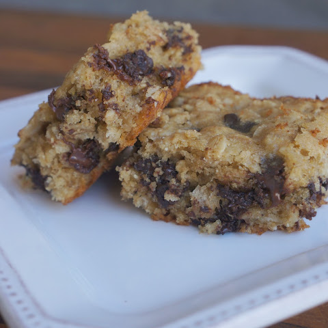 Oatmeal Dark Chocolate Cookie Bars