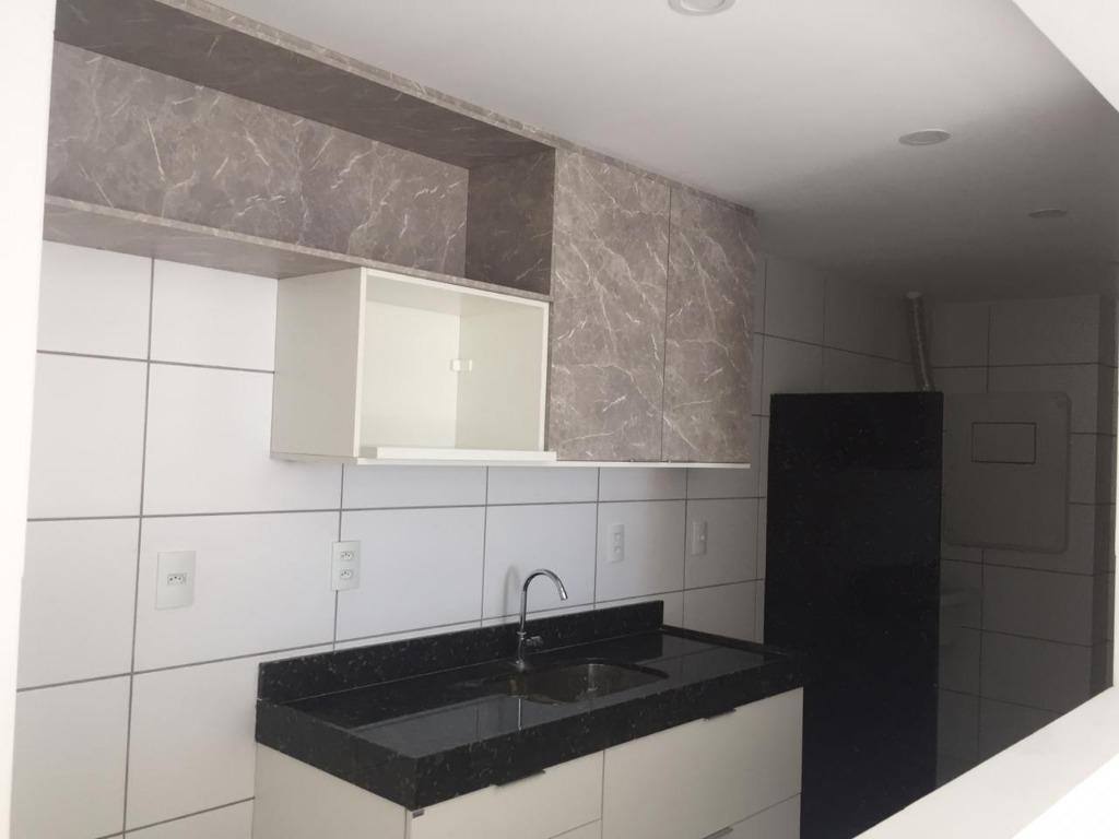 Apartamento com 3 dormitórios para alugar, 77 m² por R$ 2.000/mês - Bairro dos Estados - João Pessoa/PB