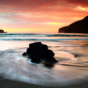 Le Bons Bay Sunrise by Greg Van Dugteren - Landscapes Sunsets & Sunrises