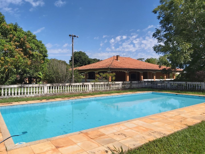 Chácara 3.000m2 com 4 dormitórios sendo 1 suite à venda no Vale do Sol - Indaiatuba/SP