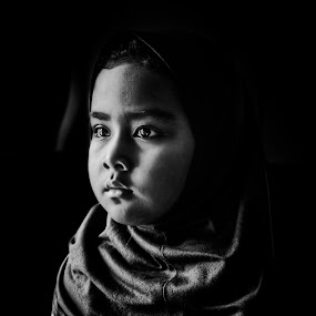 Hijab BW by Zulkifli Yusof - Babies & Children Child Portraits