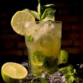 mojito by Iulian Cahul - Food & Drink Alcohol & Drinks ( drinks )