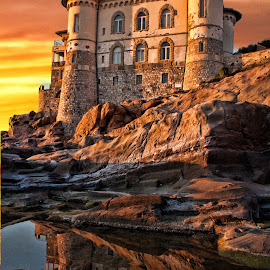 Castel Boccale Tuscany, Livorno by Gianluca Presto - Buildings & Architecture Homes ( home, reflection, houses, cliffs, tuscany, toscana, cliff, romantic, sea, house, beach, reflecting, liberty, ancient, sunset, castle, livorno, homes, italy, rocks, reflect )